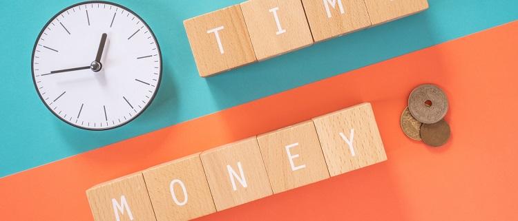 受講形式・受講可能な時間帯・料金を確認する